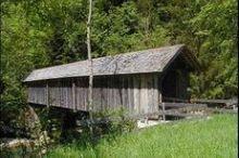 Gedeckte Holzbrücken