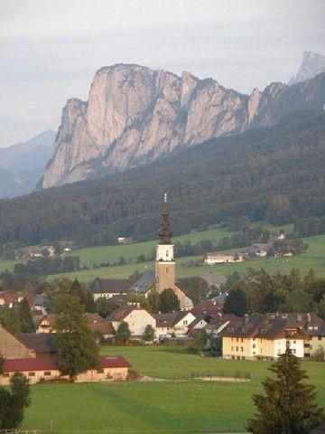 Thalgau mit Hausberg Schober im Hintergrund - Thalgau Salzburg