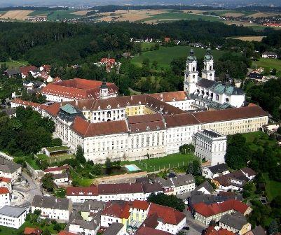 Augustiner Chorherrenstift St. Florian mit Wallfahrtsbasilika zum Hl. Florian und Brucknergrab - St.  Florian Upper Austria