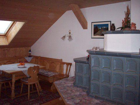 Kachelofen in der Ferienwohnung - Bauernhaus Durrahof Steinberg am Rofan