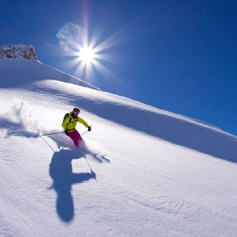 SKIING THROUGH FRESH POWDER SNOW - Soelden Tirol
