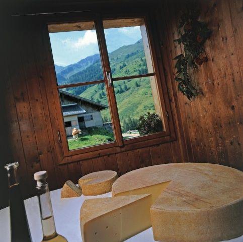 Durch die Tiroler Spezialtäten auf den Almen und in den Gasthäusern muss man sich durchkosten. - Wildschoenau (Region) Tirol