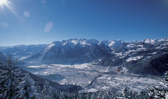Winter in der Alpenregion Bludenz mit dem Brandnertal, der Alpenstadt Bludenz und dem Klostertal - Regiunea alpina Bludenz Vorarlberg