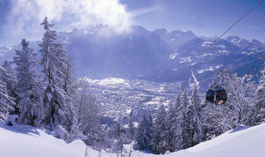 Alpenstadt Bludenz mit Blick auf das Rätikongebirge - Alpenregion Bludenz   Vorarlberg