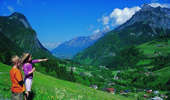 Blick über das Klostertal - Klostertal Vorarlberg