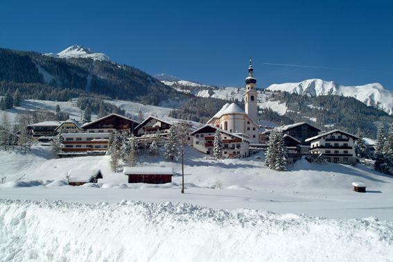 Skifahren, Langlaufen und andere Wege, Winterwelten zu genießen - Lermoos Tirol