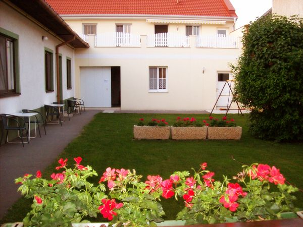 Garten - Pension Thalhammer  ** Podersdorf am See