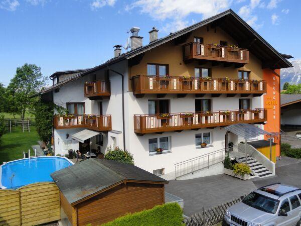 3* Hotel Pension Glungezer - Hotel Pension Glungezer in Tulfes bei Innsbruck Tulfes