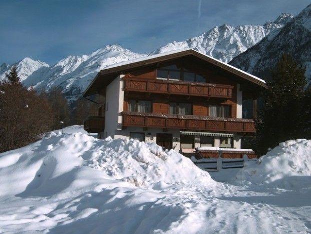 Direkt mit den Skiern zum Haus abfahren ... - Haus Fridolin Soelden