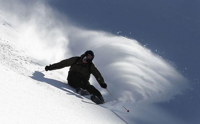 Für Sekunden schwerelos zu sein, über den Pulverschnee fliegen - und irgendwann mitten hinein! - Kitzbueheler Alpen - Ferienregion Hohe Salve Tirol