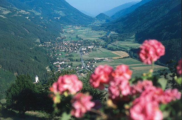 Blick nach Obervellach - Obervellach Kaernten