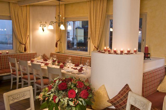 Die Landhausstube im Hotel Geisler, gern gewählt für Feste - Rinn/Judenstein Tirol