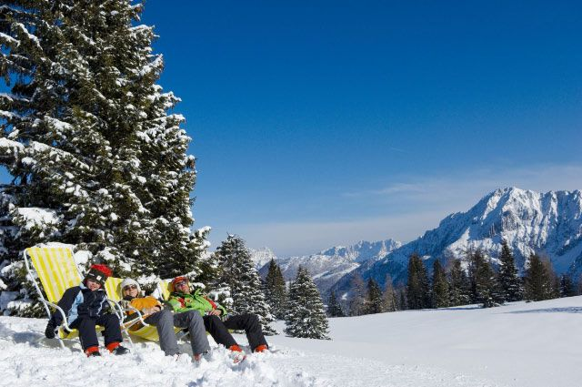 Bild: Lassen Sie sich im Liegestuhl sonnen und genießen Sie bei Apres Ski die Landschaft. - Spital am Pyhrn Oberoesterreich