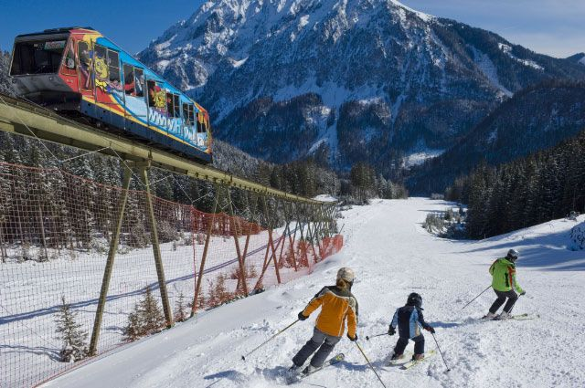 Bild: Das Familienskigebiet Wurzeralm ist nur ca. 10 Kilometer von Windischgarsten entfernt und bietet Skispaß für Groß und Klein. - Windischgarsten Oberoesterreich