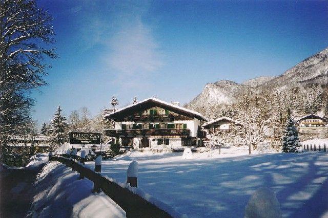 Winteransicht - Enzian Pension St. Wolfgang