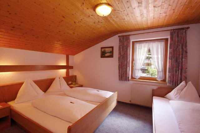 Bedroom for 3 persons  -  See