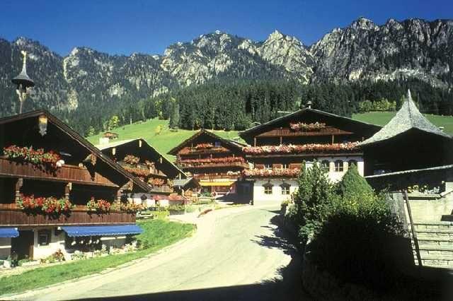 Das Dorf Alpbach - Alpbach - Appartements KARWENDELSTEIN Alpbach