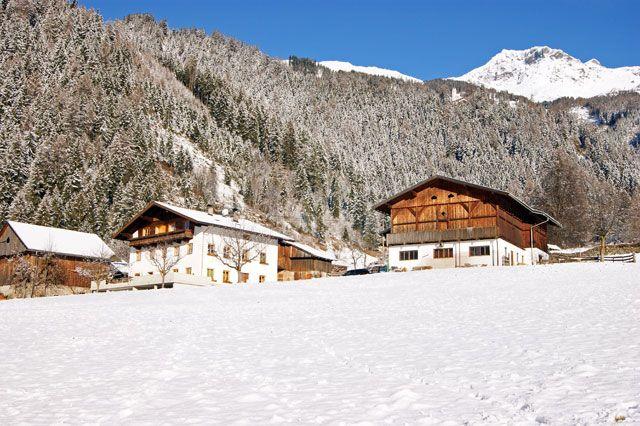 Winter Hausansicht - Oberthalerhof Thurn