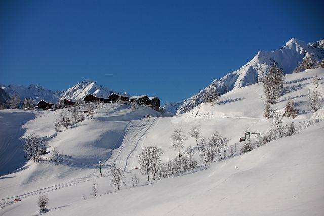 Das Familienskigebiet mit 2 Schleppliften und der Weiler Bichl Foto: Friedl Steiner - Praegraten am Großvenediger Tirol