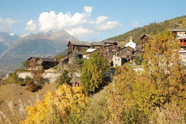 Weiler Niederhäusern unterhalb Visperterminen im Oberwallis - Visperterminen Valais