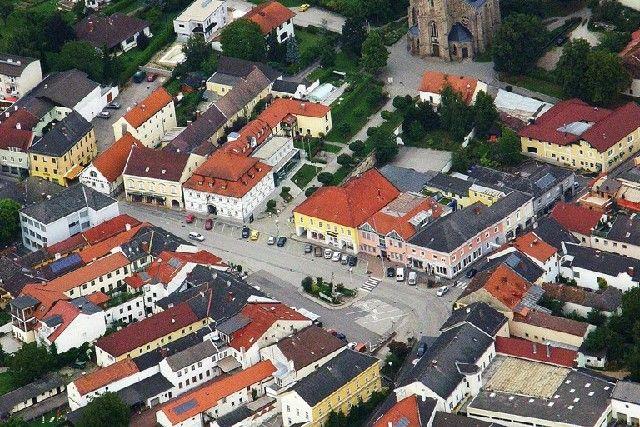 Stadtplatz Luftbild - Pregarten Upper Austria
