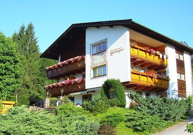 Genießen, Entspannen und sich wohlfühlen in der Pension Gieringer in Kössen, Kaiserwinkl, Tirol. - Pension Gieringer Koessen/Schwendt