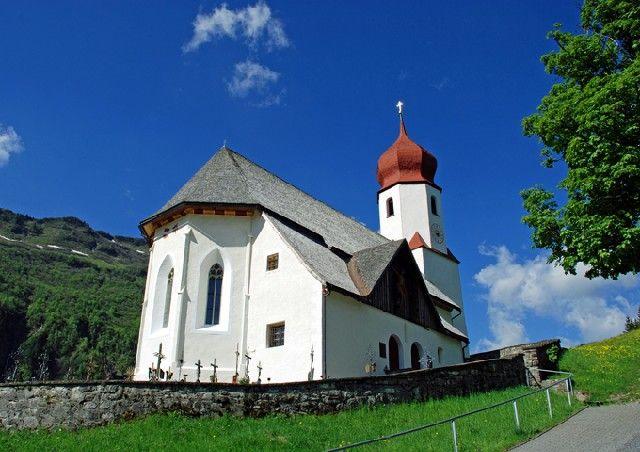 Die Pfarrkiche St. Nikolaus in Damüls - Damuels Vorarlberg