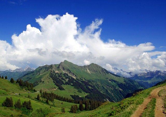 Ausblick von der Portlaalp in Richtung Glatthorn und Grosses Walsertal - Damuels Vorarlberg
