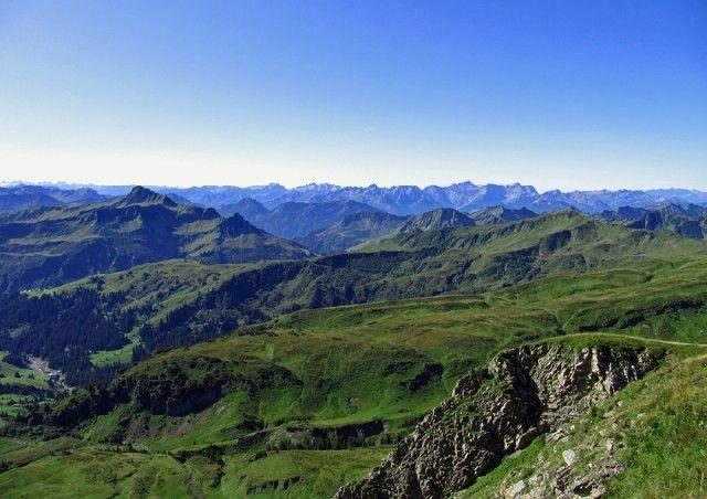 Traumhaftes Panorama auf der Damülser Rundtour - Damuels Vorarlberg