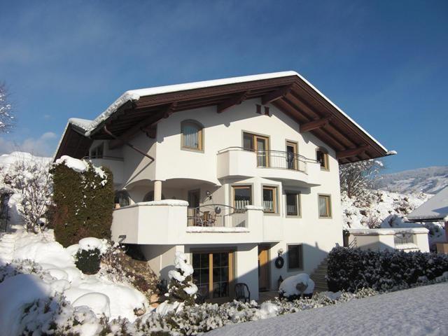 Haus Schneeberger- Winter - Astrid Schneeberger Fuegen
