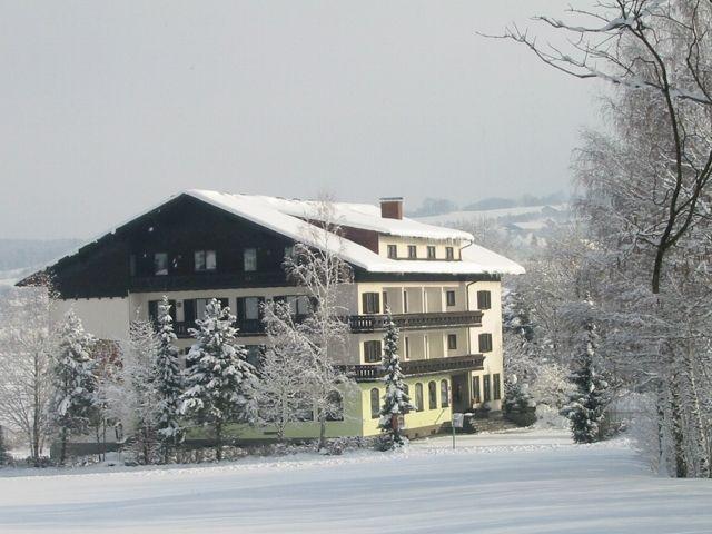 Seehotel POELLMANN Tiefgraben am Mondsee