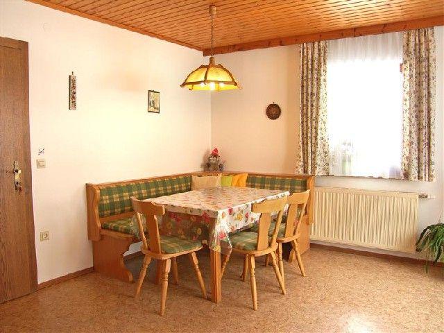 Gemütliche Eckbank im Wohnzimmer - Haus Meissnitzer Radstadt