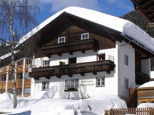 View towards the north in deep winter – sunshine in abundance - Gaestehaus Obererlacher Obertilliach