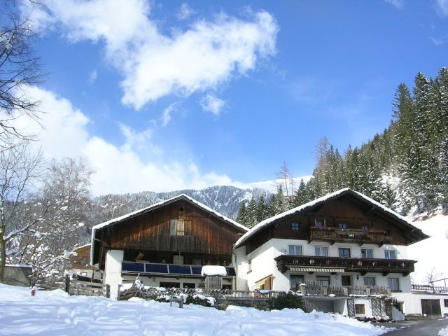 der Stoffenhof  im Winter - STOFFENHOF Thurn