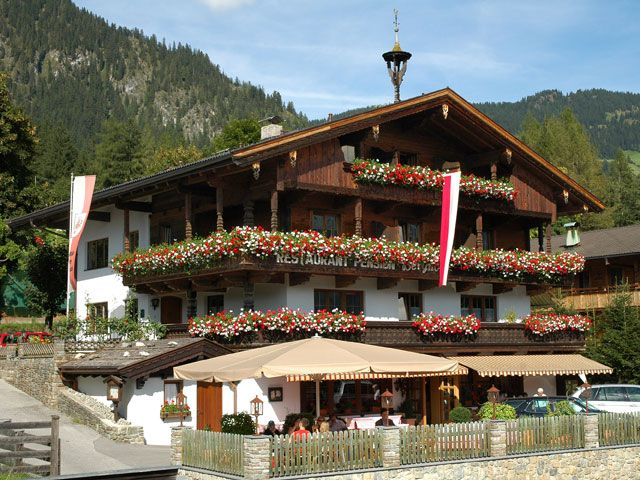 We warmly welcome you! - Gasthof-Pension Der Berghof Alpbach