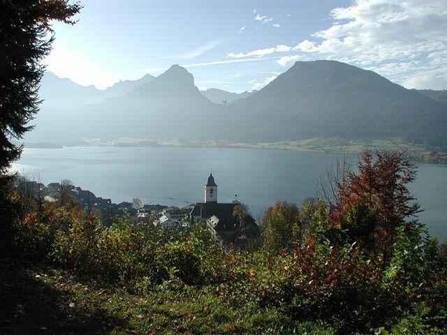 Auch im Herbst bleibt die Landschaft atemberaubend schön. - Aberseeblick - Pension Ellmauer am Wolfgangsee St. Wolfgang