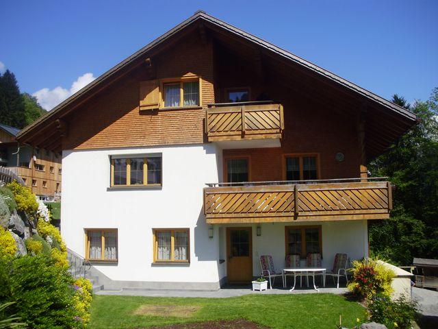 Willkommen im Haus Nigsch! Wir befinden uns im Herzen der Alpen - der ideale Ausgangspunkt für Wanderungen und Skitouren! - Haus Nigsch Sonntag-Buchboden