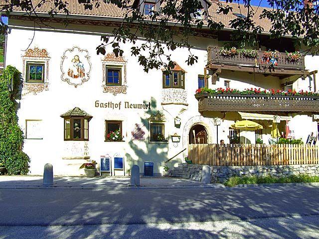 Der Gasthof Neuwirt bietet im Winter auch Pauschalen inklusive Schipass für den Olympiaberg Patscherkofel. - Gasthof Neuwirt Ellboegen
