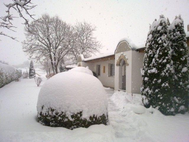 Hof im Winter - Gaestehaus Fischbach Jois