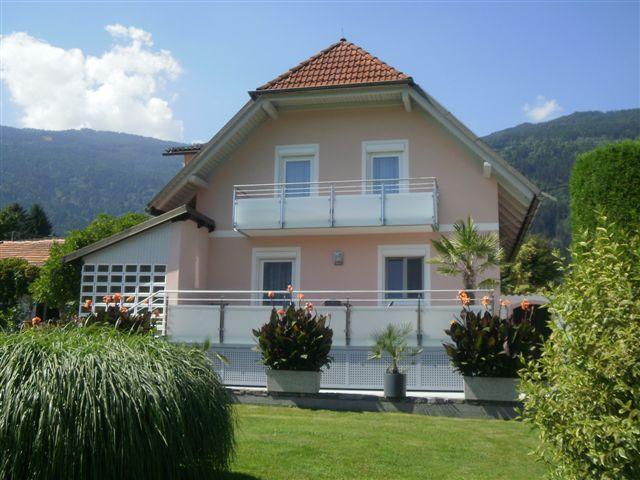 Appartements Thon Steindorf am Ossiacher See