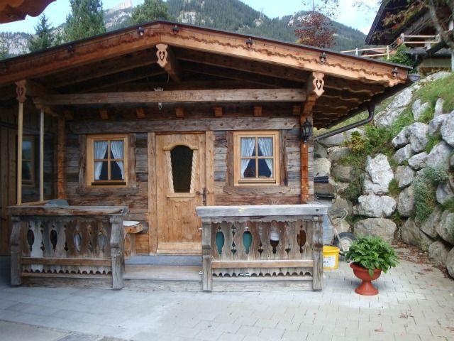 Unser Grillhäuschen im Garten steht den Gästen zur Verfügung. - Haus Kroell Maurach am Achensee