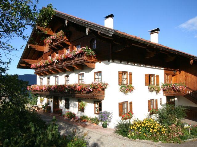 www.hussenbauer.at - Erlebnishof Hussenbauer Tiefgraben am Mondsee