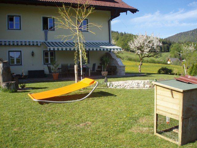 Garten mit Terassenblick - Eisenstattgut Tanzberger Faistenau