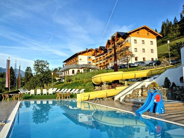 Hotel Glocknerhof Außenpool - Hotel Glocknerhof **** Berg im Drautal