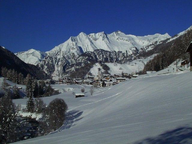 Prägraten am Großvenediger, Bergdorfcharakter am Talschluß Foto: Friedl Steiner - Praegraten  am  Großvenediger Tirol