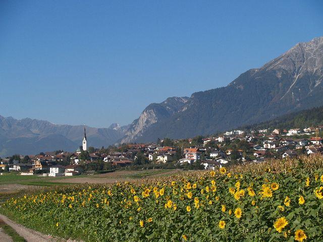 Marktgemeinde Rum bei Innsbruck Nur 5 km von der Olympiastadt entfernt. Öffentliche Busse verkehren in kurzen Intervallen. - Rum Tirol