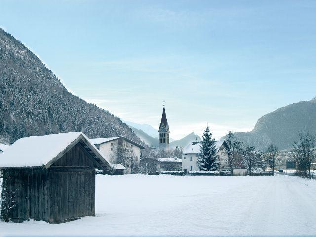 A very warm welcome to Schönwies in winter! - Schoenwies Tirol