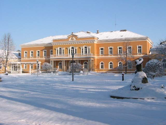 Kurhaus (Tourismusinfo) im Winter - Bad  Hall Upper Austria