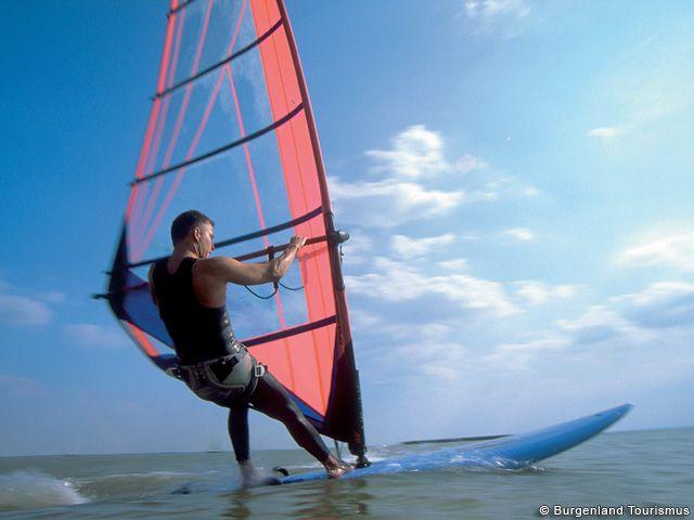Windsurfen im Burgenland - Burgenland