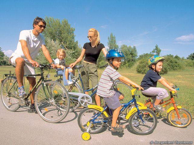 Fahrradtour mit der ganzen Familie im Burgenland - Burgenland